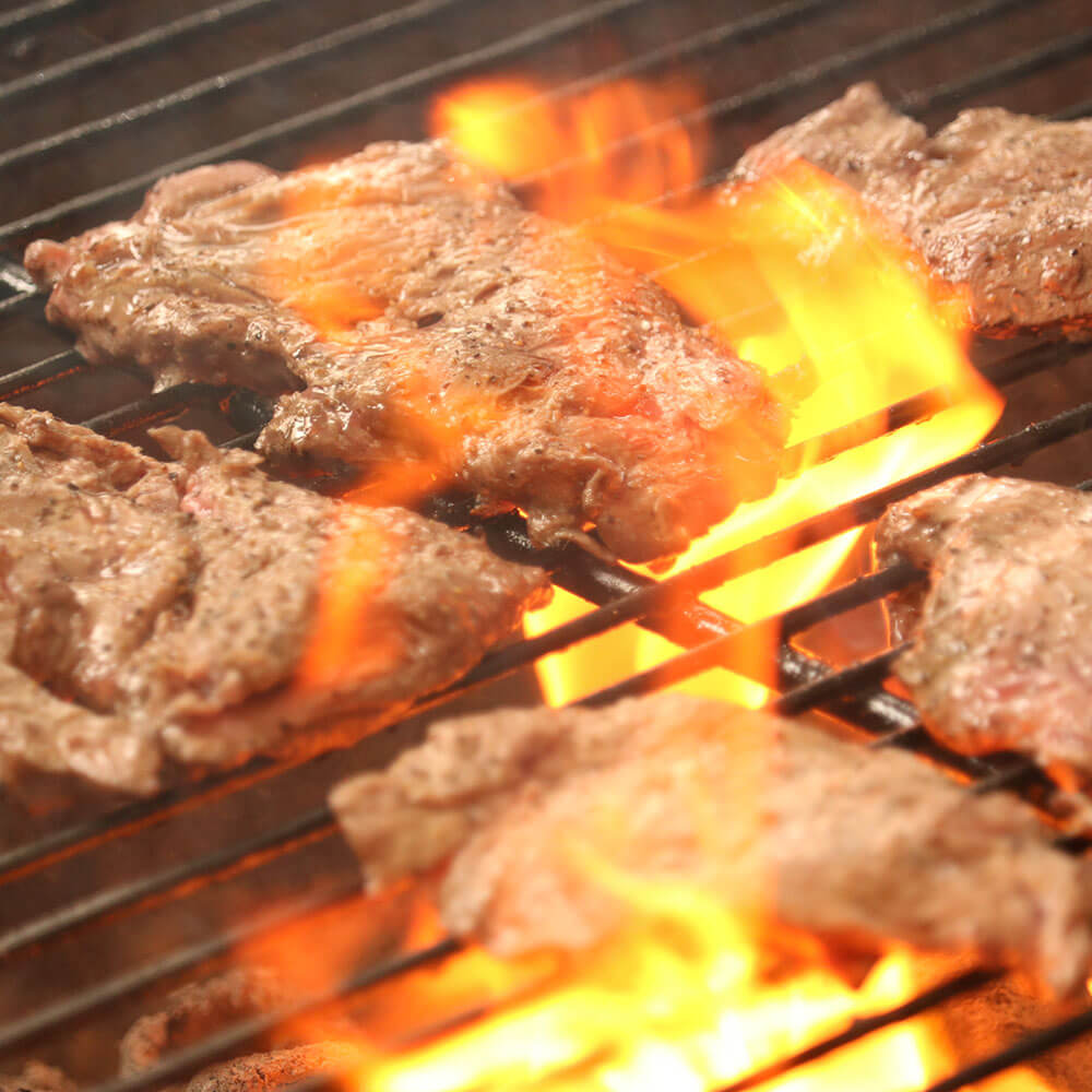 炭火焼ステーキの写真